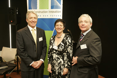 Launching the Your Building website: (L-R) James Shelvin, Department of Environment and Water Resources; Caroline Pidcock, ASBEC; Keith Hampson, Construction Innovation .